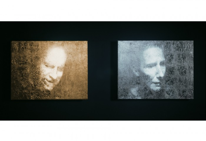 Bill Viola, Unspoken (Silver & Gold), 2001 Black-and-white video projected diptych on one gold and one silver-leaf panel mounted on wall 24.5 x  7 x 2.25 in  (62.3 x 193 x 5.7cm), overall dimensions Performers: John Malpede, Weba Garretson Photo: Mike Bruce