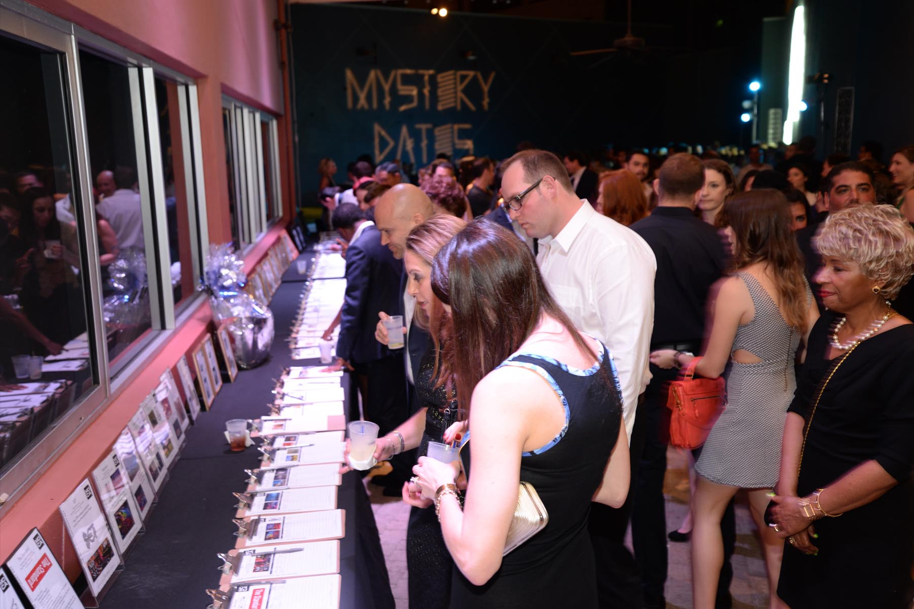PHOTOS – Mystery Dates 2014