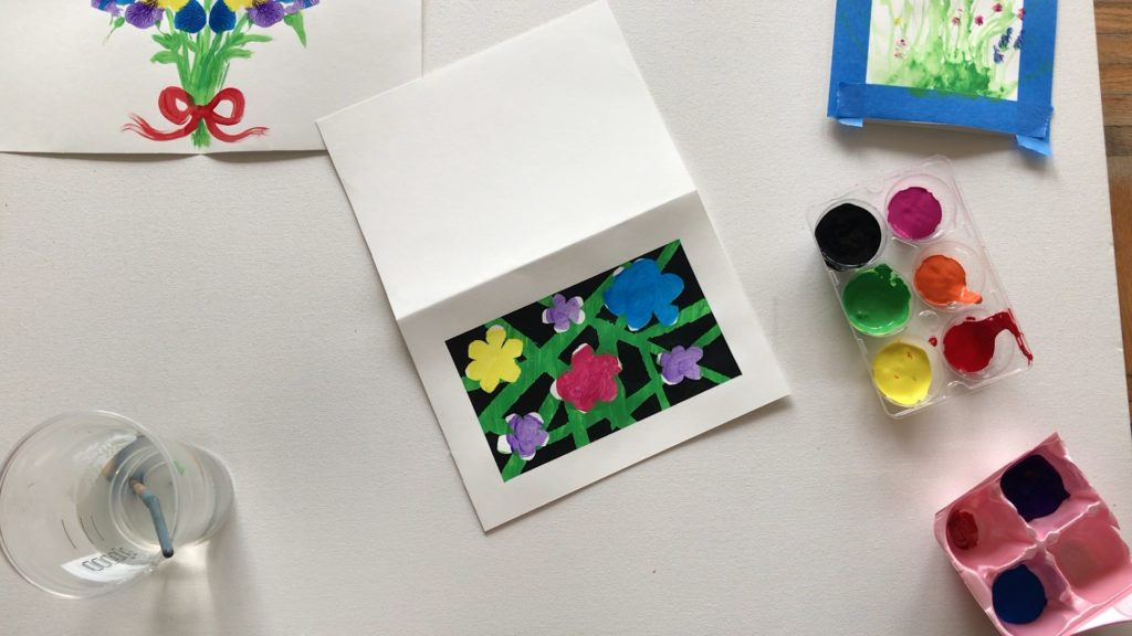 Peel off even the tape from the petals and frame, and reveal your masterpiece!